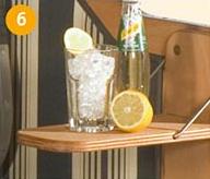 1 Seitentisch mit gerundeten Ecken